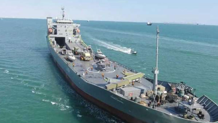 Dispute with US continues; Iran's Revolutionary Guard joins aircraft carrier in its fleet