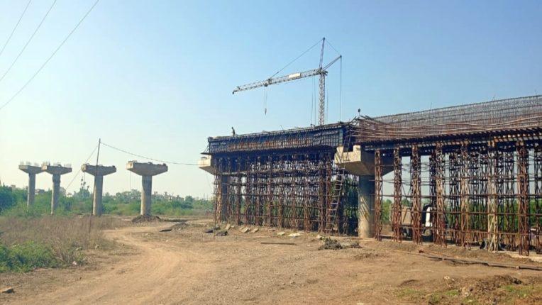 7 माह से बंद न्यू तापड़िया नगर उड़ान पुल का काम अब हुआ शुरू