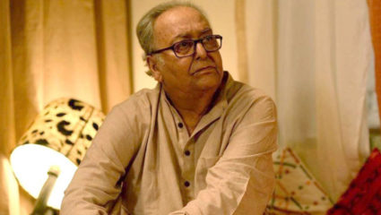 soumitra-chatterjees-daughter-conducts-prayer-service-in-his-memory