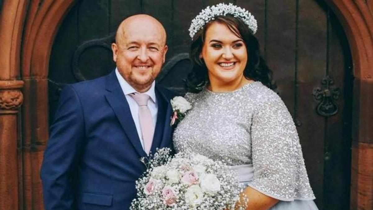 पैसे जमा होने के बाद जेम्स से शादी कर ली और हनीमून के लिए विदेश गईं।