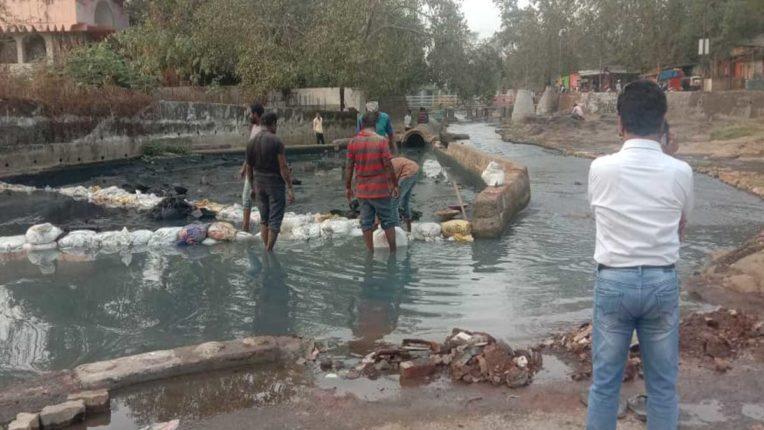वालधुनी नदी में केमिकल, कचरा, डाला तो होगी दंडात्मक कार्रवाई