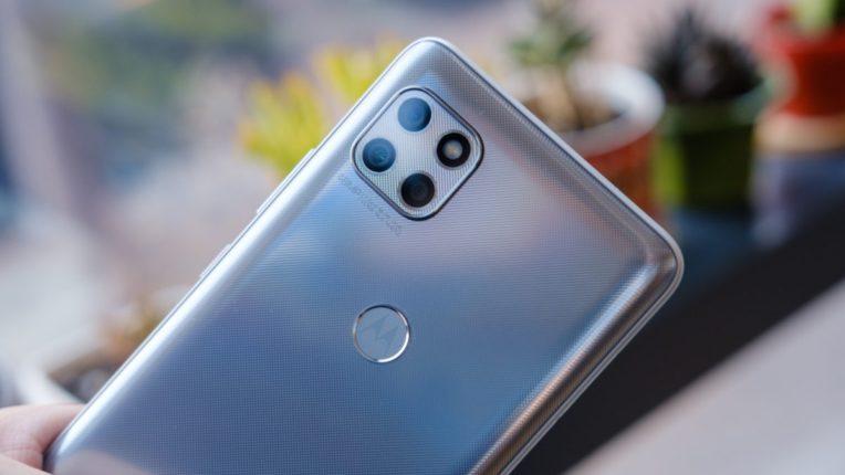 ट्रिपल रियर कैमरे वाला Motorola One 5G Ace स्मार्टफोन हुआ लॉन्च, जानें कीमत