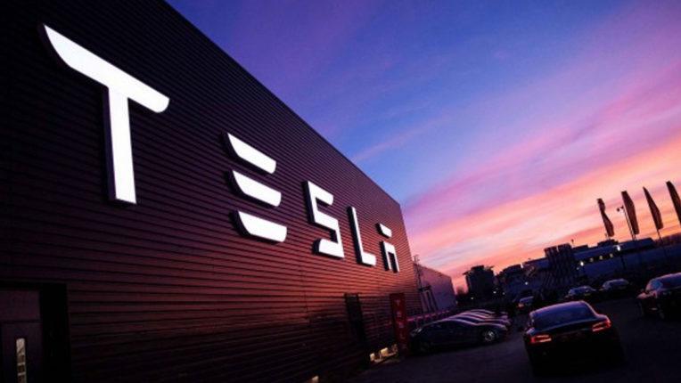 Tesla की भारत में एंट्री, बेंगलुरु में सेट किया R&D केंद्र