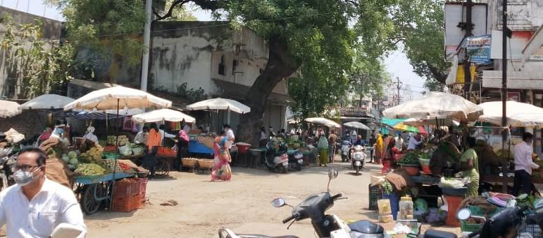 Wardha market Bhid