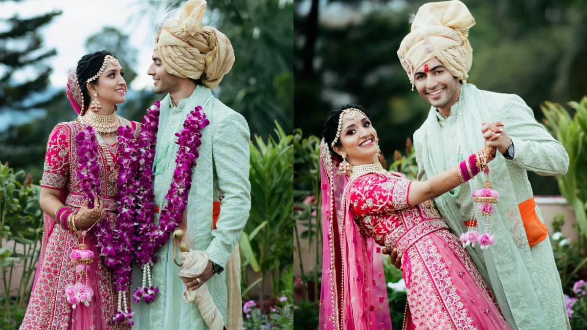 Akshay Kharodiya of 'Pandya Store' fame got married, see here selected pictures of the wedding: टीवी का पॉपुलर शो 'पांड्या स्टोर' (Pandya Store) में अहम किरदार में नजर आने वाले अभिनेता अक्षय खरोड़िया (Akshay Kharodia) ने गर्लफ्रेंड दिव्या पुनेठा (Divya Punetha) संग शादी की हैं। 19 जून को देहरादून में अक्षय और  दिव्या ने सात फेरे लिए है। मिली जानकारी के अनुसार, शादी में सिर्फ 10 लोग ही मौजूद थे। टीवी अभिनेता अक्षय खरोड़िया की शादी गर्लफ्रेंड के देहरादून स्थित घर पर सादगी से हुई। शादी में अक्षय शेरवानी पहने दिखाई दिए वहीं उनकी दुल्हन दिव्या पिंक लहंगे में नजर आईं। इस दौरान दोनों एक दूसरे के साथ काफी अच्छे लग रहे थे। शादी के बाद उन दोनों ने अपनी खूब तस्वीरें भीं खिंचवाई। आप भी देखें अक्षय खरोड़िया और दिव्या पुनेठा का वेडिंग अल्बम- (फोटो साभार- @ Akshay Kharodiya)